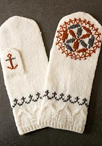 Knitted mittens with pattern from Barkåkra church